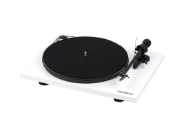 Pro-Ject Essential III High Gloss White
