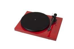 Pro-Ject Debut Carbon (DC) High Gloss Red