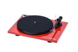 Pro-Ject Essential III High Gloss Red